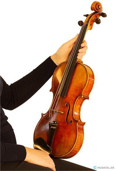Position der Geige bei der Grobstimmung